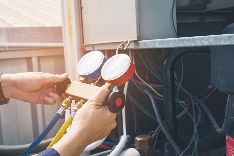 Troubleshooting Tips to Try Before Calling a Calgary Furnace Repair Company